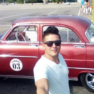Chauffeur Havana
