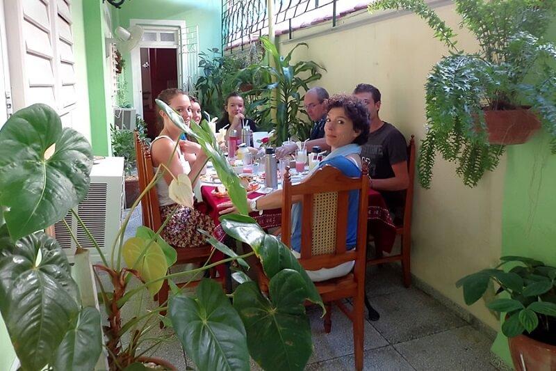 Especialista en Cuba Casa Santa Clara