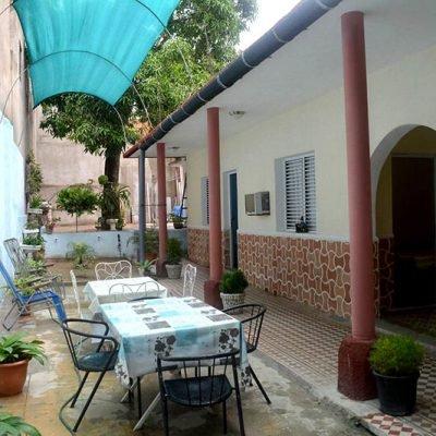 Cuba casas particulares terraza en Cienfuegos
