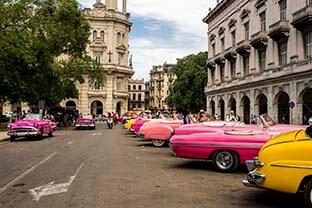 Cuba bouwstenen Andar La Habana Oldtimers