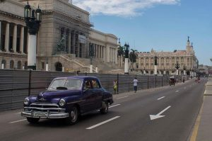 Reisgids Cuba oldtimer Capitool