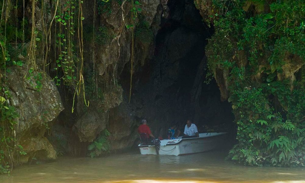 Cuba sites of interest Viñales cave Indio