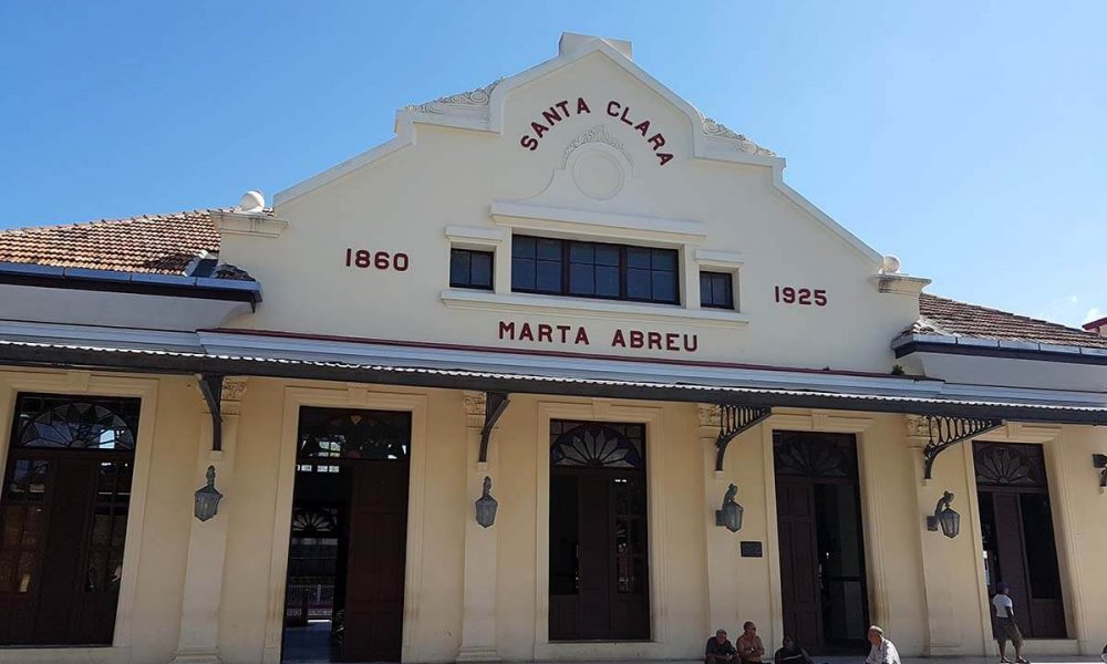 Cuba bezienswaardigheden Santa Clara station trein