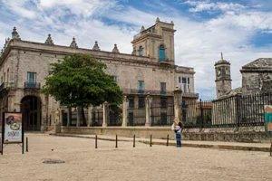 Viajar a Cuba con niños Castillo en La Habana Vieja
