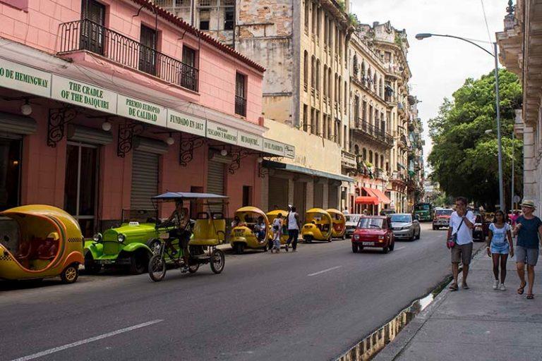 Cuba rondreis Havana en het Centrum Havana Floridita straat