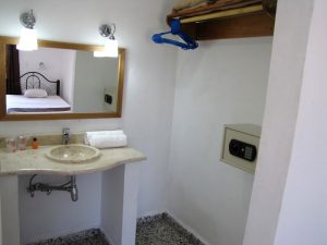 Casas particulares WC witte Cienfuegos