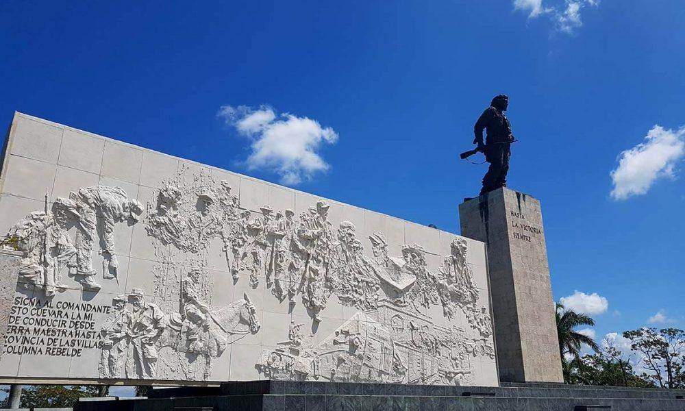 Cuba bezienswaardigheden Santa Clara beeld van Che