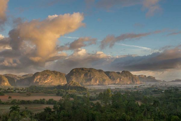 Cuba sites of interest Viñales Mogotes