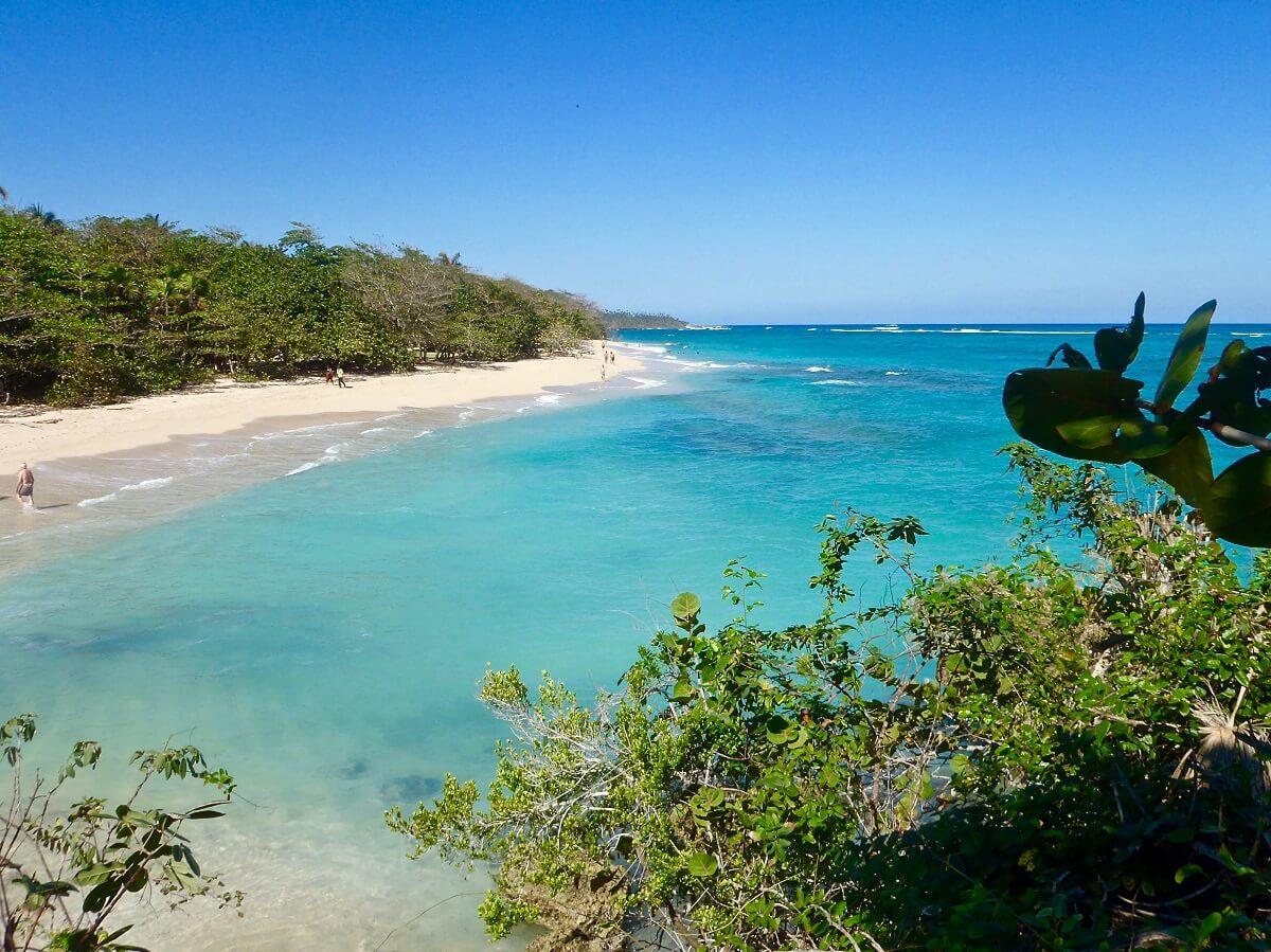 Cuba bezienswaardigheden Baracoa blauw strand