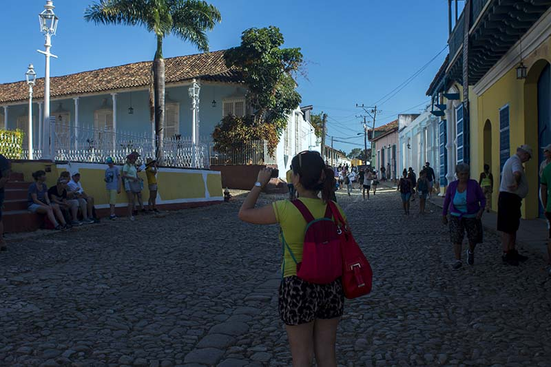 Cuba programas cortos regreso al pasado caminando en Trinidad