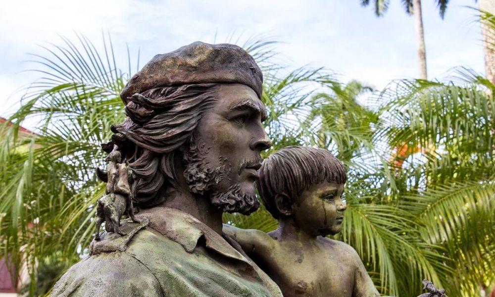 Cuba bezienswaardigheden Santa Clara Che monument