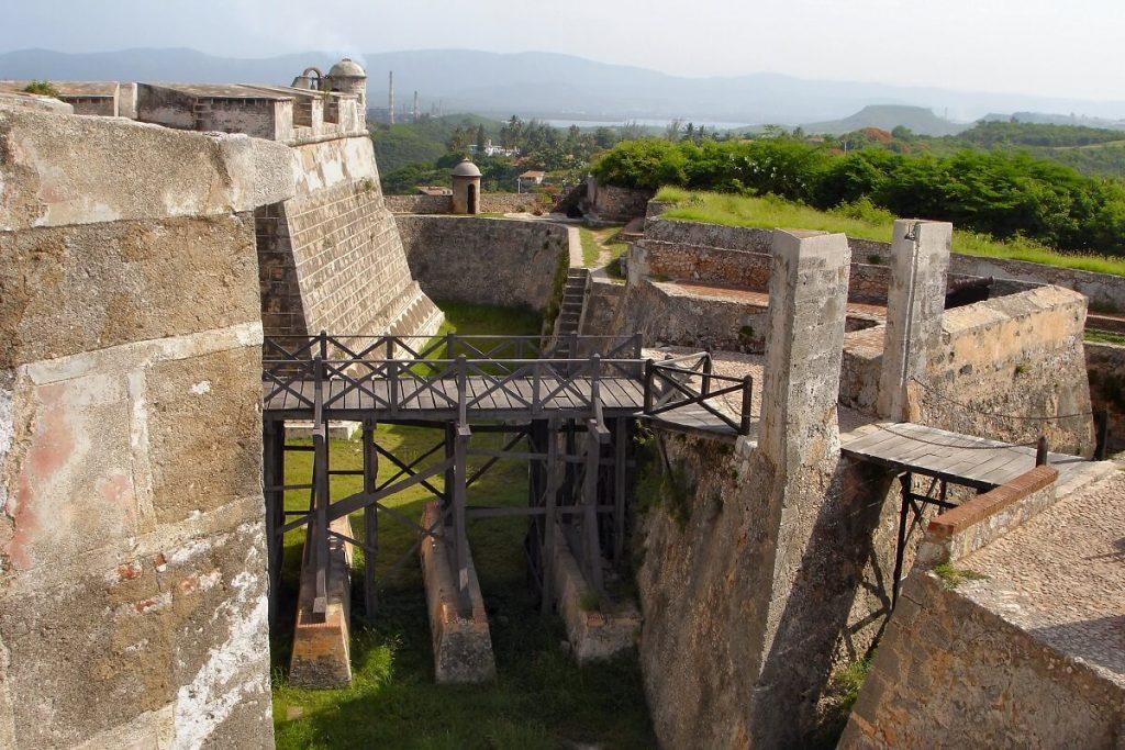 Cuba sitios de interes Santiago de Cuba fortaleza
