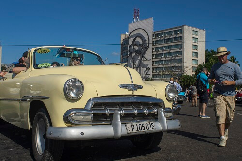Cuba Viajes sitios de interes auto clásico americano