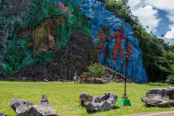Cuba sites of interest Viñales Mural