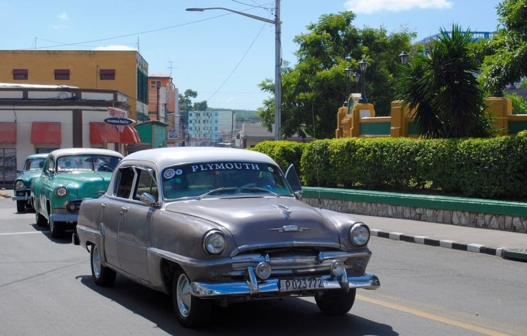 Cuba bezienswaardigheden Santiago de Cuba oldtimer