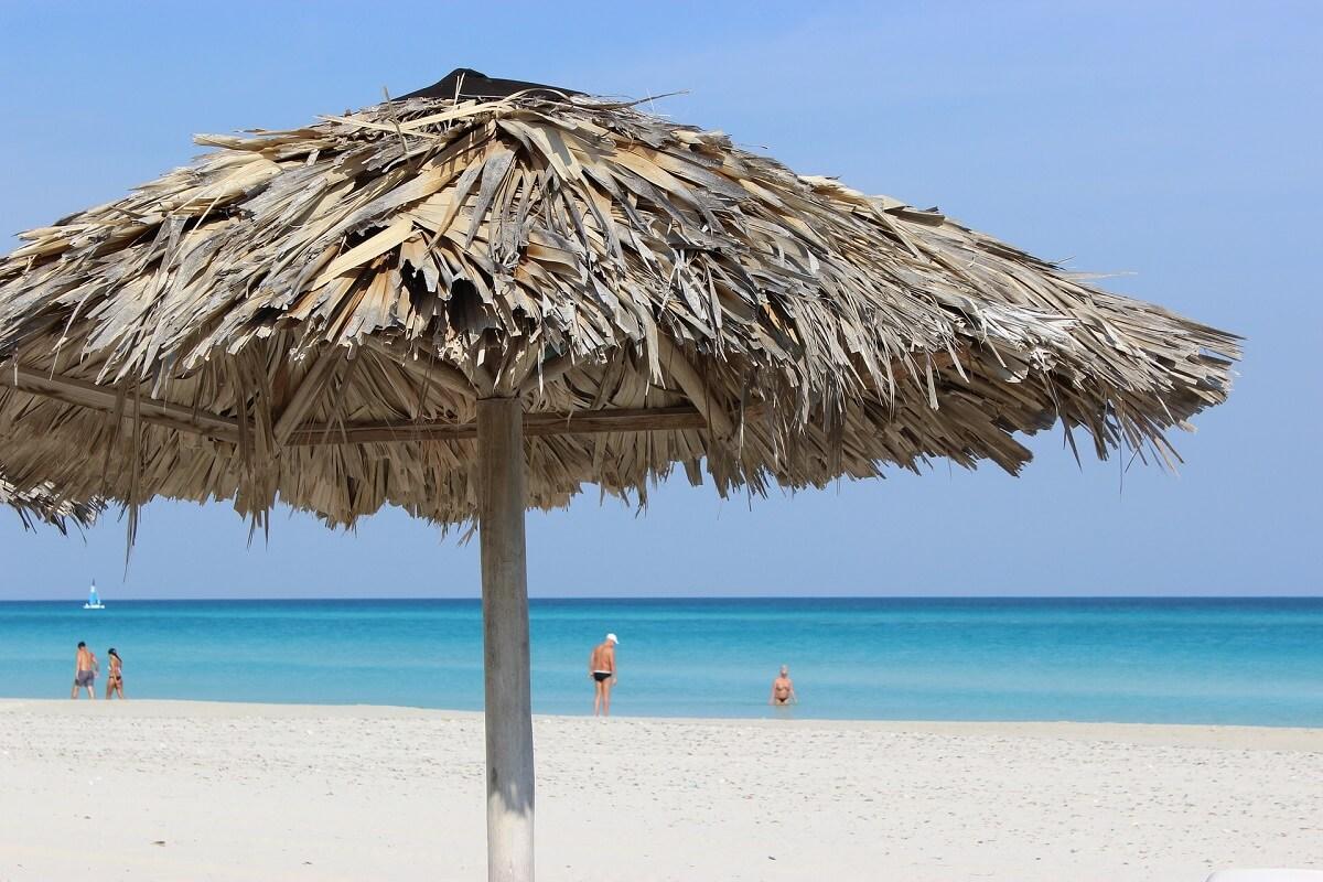 Cuba bezienswaardigheden Varadero strand blauw water