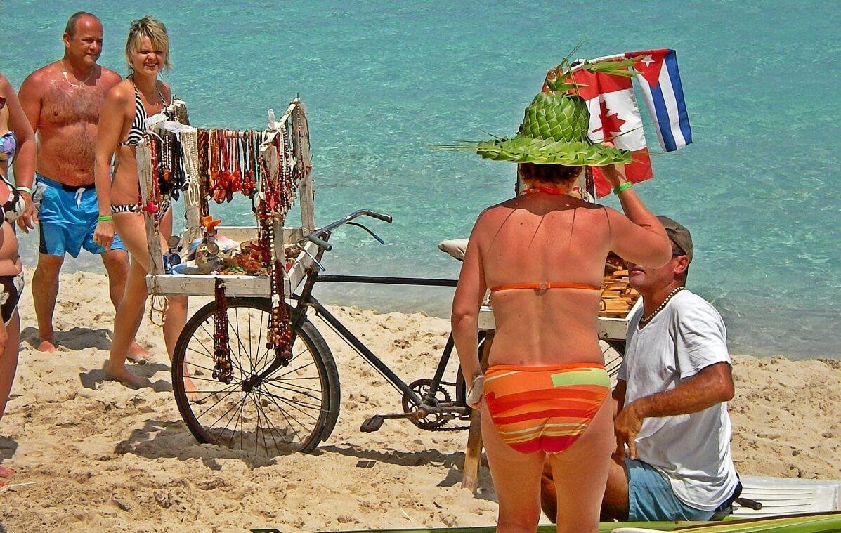 Cuba bezienswaardigheden Varadero strand fiets
