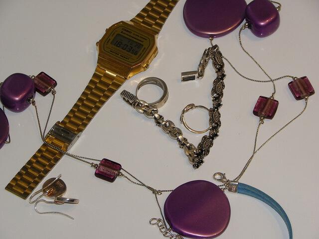 Cuba país seguro relojes, anillos