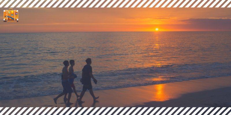 Cuba, destino de vacaciones muchachos en la playa