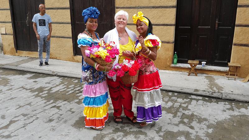 viajar sola a Cuba mujeres Habana