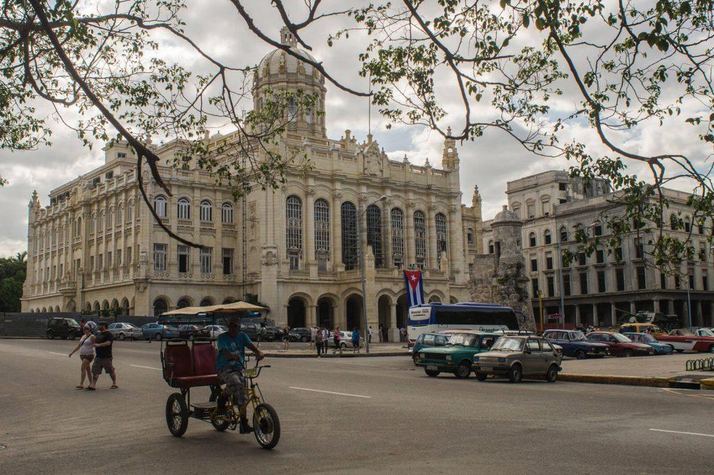 Havana per bicitaxi