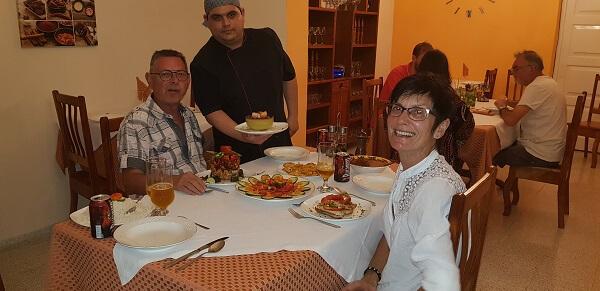 diner bij een restaurant in Cuba