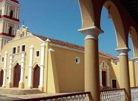 Cuba bezienswaardigheden Remedios Kerk centrum