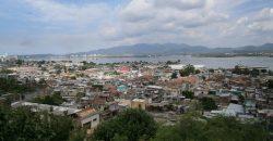 Cuba rondreis Het andere deel van Cuba Santiago de Cuba stad met uitzicht naar de zee